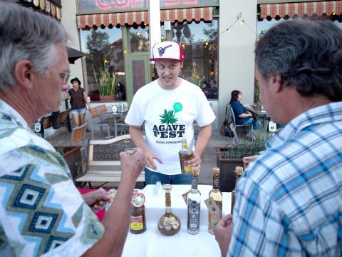 Momento de degustação na Agave Heritage Week