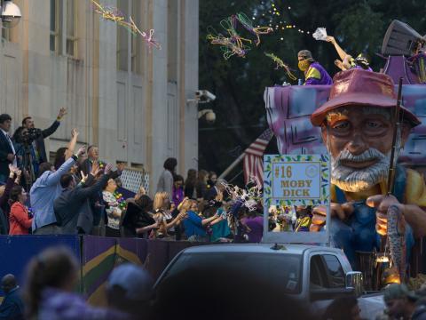 Moby Dick prevalece no Mardi Gras