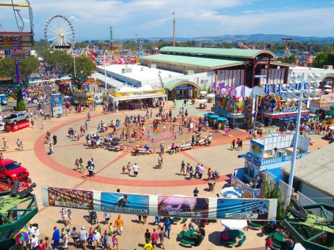 Uma vista aérea da Feira do condado de Orange
