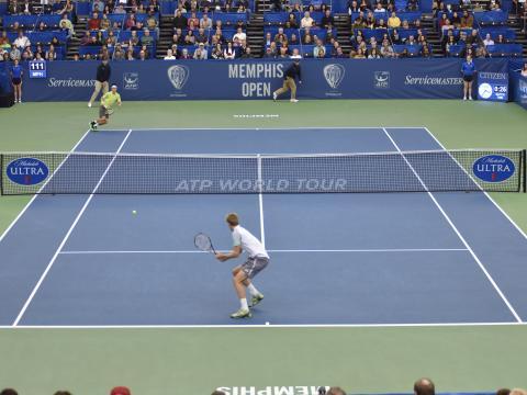 Uma partida animada no Memphis Open