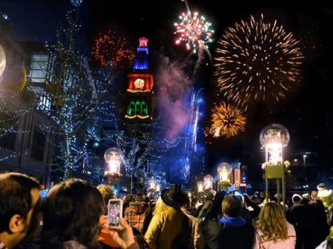 Curtindo os fogos e as decorações de fim de ano em Mile High