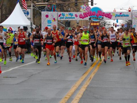 Seguindo para as corridas da Maratona de Little Rock