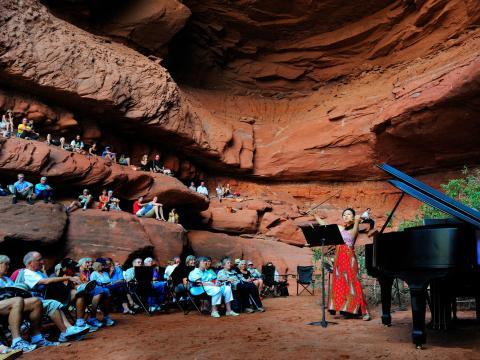 Teatro natural ao ar livre no Moab Music Festival (Festival de Música de Moab)