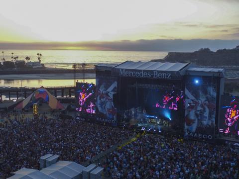 Cenário à beira-mar no festival KAABOO, em San Diego
