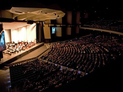 The Philadelphia Orchestra plays to a rapt audience