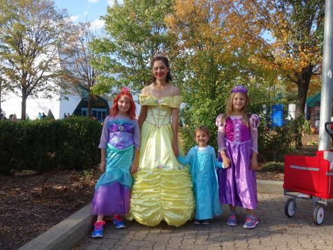 Muita diversão ao estilo halloween no evento Detroit Zoo Boo