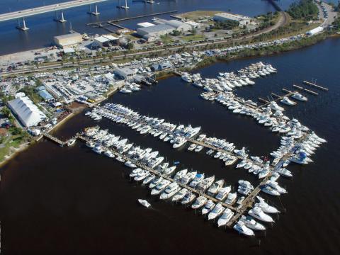 Vista aérea do Stuart Boat Show, na Flórida