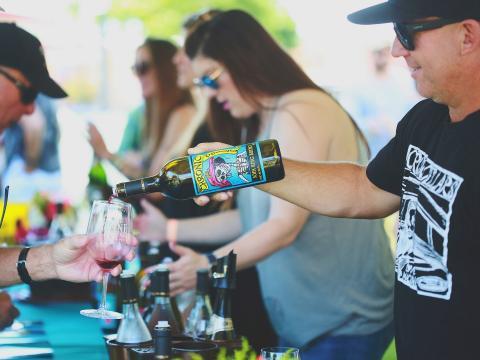 Degustação de vinho durante o Wine Festival Weekend, em Paso Robles, Califórnia