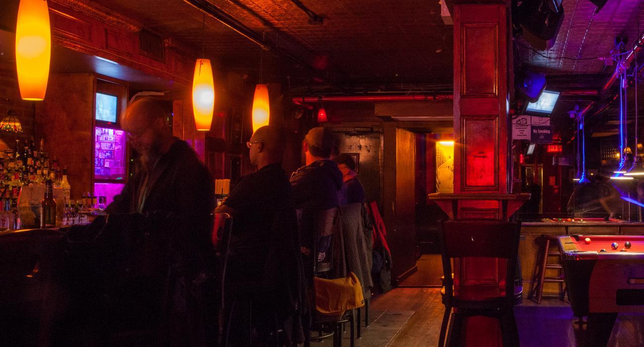 Bloomington in gay lesbian nightclubs