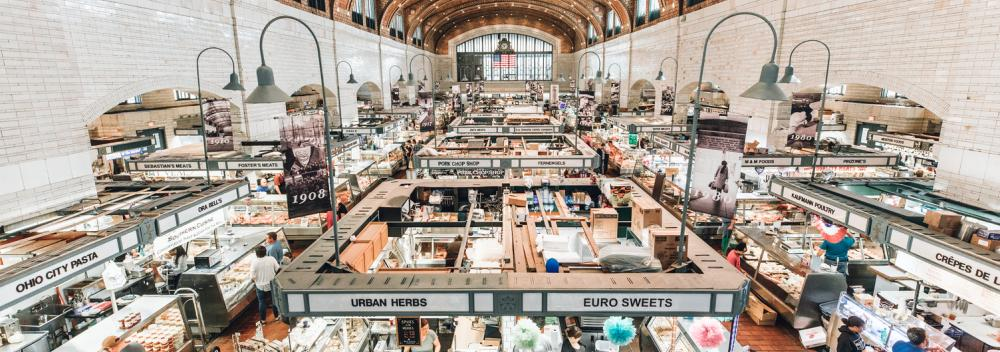 O West Side Market, o mais antigo mercado interno/externo em Cleveland, Ohio